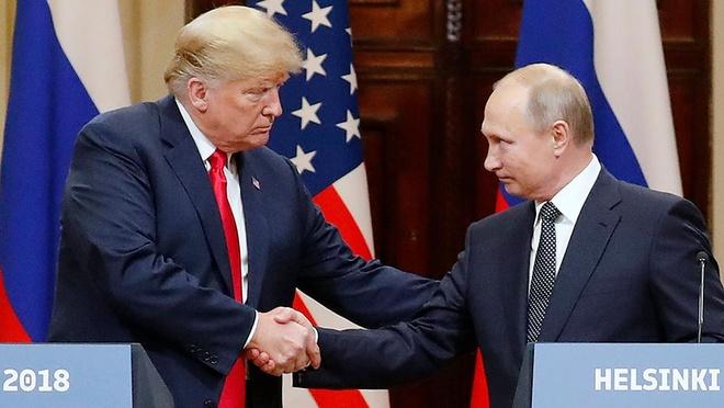 TT Trump muon tuoc giai Pulitzer cua New York Times va Washington Post hinh anh 1