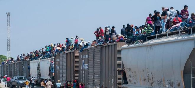 Don thue soc cua TT Trump ep thanh cong Mexico ngan nguoi nhap cu hinh anh 1