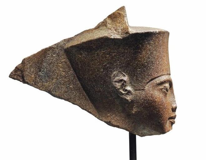 Ai Cap doi Anh tra lai tuong pharaoh 3.300 nam tuoi nghi bi danh cap hinh anh 2