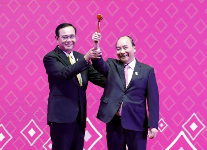 Thu tuong nhan bua Chu tich ASEAN tu lanh dao Thai Lan hinh anh 1
