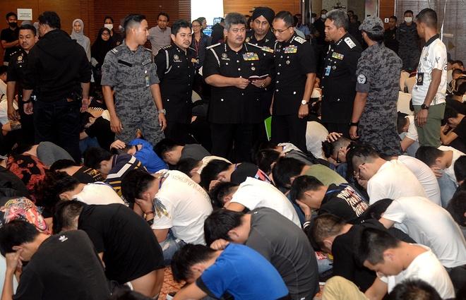 Malaysia bat toi pham Trung Quoc anh 1