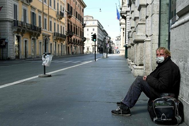 Italy tang 743 ca tu vong, tong so nguoi chet gap doi Trung Quoc hinh anh 1 italy_.jpg