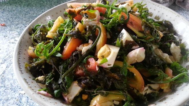 Lam salad tu rau don nhu the nao hinh anh