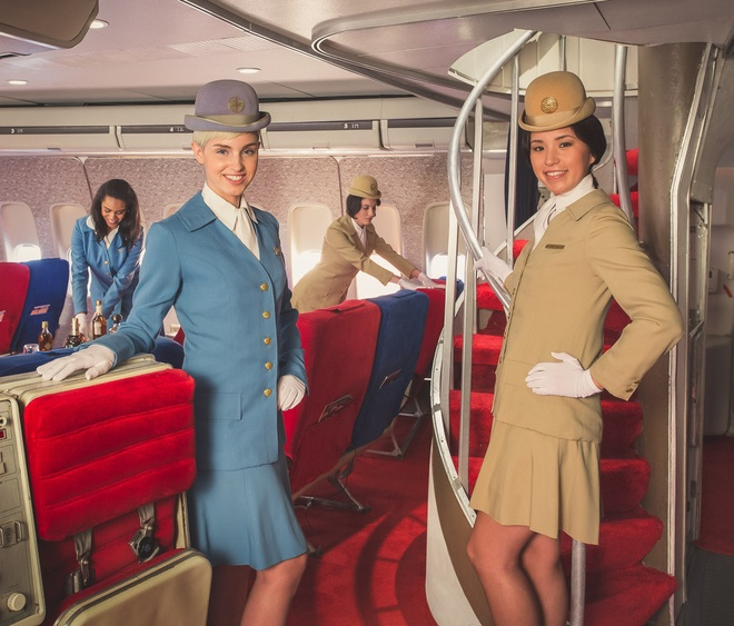 Chuyen bay nam 1960 khac ngay nay the nao? hinh anh 1 Nhiếp ảnh gia Michael Kelly và Anthony Toth, một trong những chuyên gia hàng không hàng đầu thế giới cùng hợp tác để tái hiện hình ảnh chuyến bay Pan Am 120 sống động đến từng chi tiết.