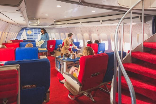 Chuyen bay nam 1960 khac ngay nay the nao? hinh anh 2 Không gian thoáng đãng trong khoang máy bay với rất ít hành khách.