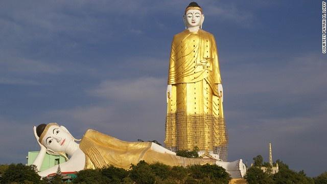 10 buc tuong ton giao lon nhat the gioi hinh anh 5 Tượng Phật Laykyun Setkyar (Monywa, Myanmar): Là một trong những bức tượng lớn nhất thế giới với chiều cao 116 m. Đây là biểu tượng của đức Phật Gautama, được khởi công năm 1996 và hoàn thành năm 2008.