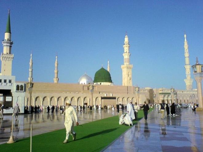 Nhung thanh duong Hoi giao long lay nhat the gioi hinh anh 3 Thánh đường Al-Masjid an-Nabawi - Medina, Saudi Arabia: Còn được gọi là thánh đường Tiên Tri, do được xây bởi nhà tiên tri Mohammad, nằm tại thành phố Medina. Đây là địa điểm linh thiêng thứ 2 của người đạo Hồi.