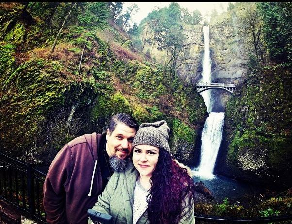 Thác Horsetail, Oregon: Thác có vẻ đẹp ngoạn mục và rất dễ đến. Đây là địa điểm lý tưởng để selfie.