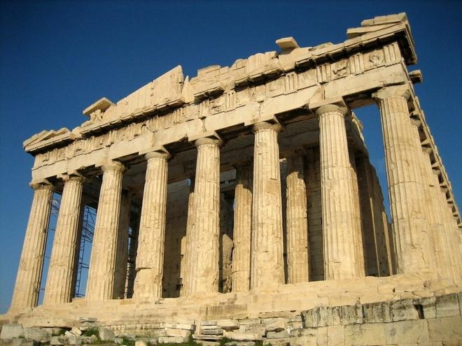 16 cong trinh co dai sung sung voi thoi gian hinh anh 11 Acropolis: có nghĩa là