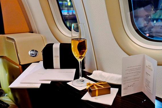 10 ve may bay dat nhat the gioi hinh anh 1 Dịch vụ cao cấp của hãng Etihad Airways.