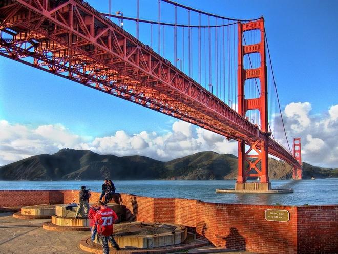 10 dia danh hut khach nhat the gioi hinh anh 10 10. Cầu Cổng Vàng, San Francisco, Mỹ: Khi được hoàn thành vào năm 1937, The Golden Gate Bridge là cây cầu treo dài nhất trên thế giới, và đã trở thành một biểu tượng quốc tế của thành phố San Francisco.