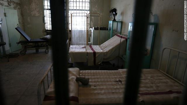 Alcatraz - nha tu hut 1,5 trieu du khach moi nam hinh anh 7 Khung cảnh bệnh viện trong nhà tù.