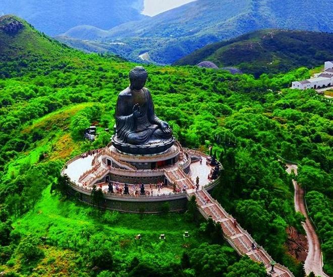 Nhung diem den tam linh tai Hong Kong hinh anh 11 Một địa điểm tâm linh khác mang tên tu viện Po Lin, là