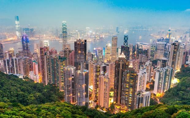 Nen den Hong Kong vao thoi diem nao? hinh anh