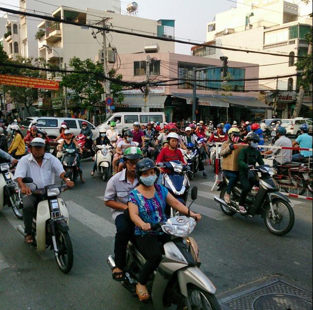 Viet Nam tuyet dep qua ong kinh khach Tay hinh anh 9 Giờ cao điểm khiến thành phố này trở thành một cảnh quan để chiêm ngưỡng.