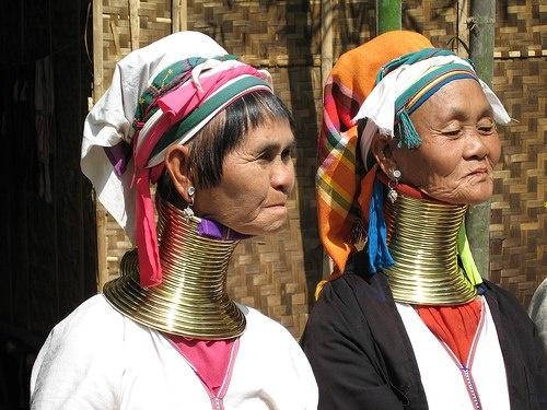 Nhung diem du lich tuyet voi nhat Thai Lan hinh anh 20 Tới ChiangRai, du khách cũng có cơ hội cho bạn gặp gỡ với người dân tộc thiểu số cổ dài nổi tiếng thế giới. Ảnh: Sina