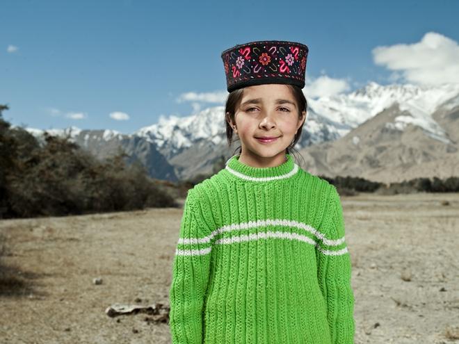 Lễ hội của người Tajik gắn liền với tôn giáo, bao gồm lễ hội Corban, lễ hội Mùa xuân, lễ hội Almsgiving và lễ hội Baluoti. Lễ hội Mùa xuân được tổ chức vào tháng 3 theo lịch đạo Hồi, người dân dọn dẹp nhà cửa, cho bò ăn, sau đó đến thăm nhà nhau. Những người phụ nữ rắc bột lên vai khách để cầu chúc may mắn. Lễ hội Baluoti được tổ chức vào 2 ngày đầu của tháng 8 với buổi lễ thắp nến cầu an cho tất cả các thành viên trong gia đình.