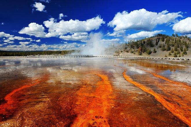 Mui Ne - thien duong khong co Wi-Fi hinh anh 4 4. Công viên quốc gia Yellowstone, Mỹ, nơi có mạch nước phun nổi tiếng là một trong những phong cảnh tự nhiên đẹp nhất thế giới.