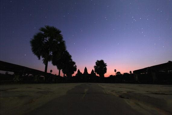Bau troi sao tuyet dieu o Angkor Wat hinh anh 1