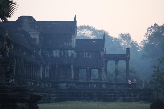 Bau troi sao tuyet dieu o Angkor Wat hinh anh 4