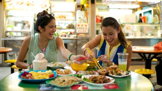 Vi sao Singapore tro thanh thoi nam cham hut khach? hinh anh 2 2. Ẩm thực phong phú: Đến Singapore, bạn sẽ tha hồ thưởng thức đồ ăn đặc trưng của các nước như Malaysia, Trung Quốc, Ấn Độ…