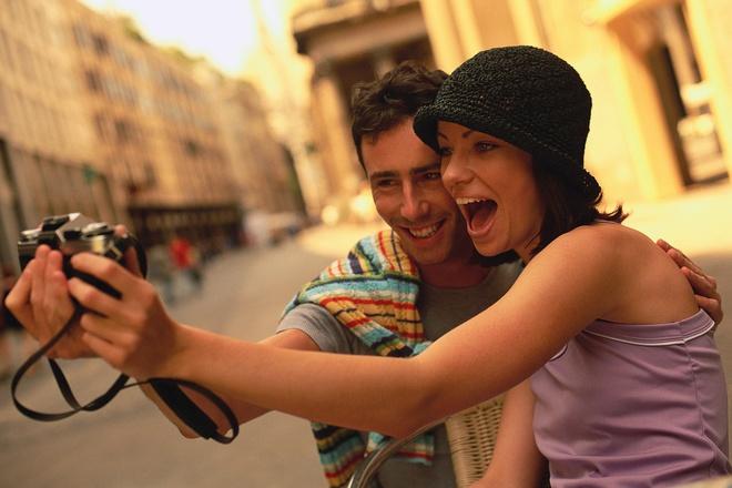 Di du lich mang lai hanh phuc hon cua cai hinh anh 1 Khoa học chứng minh rằng, du lịch và trải nghiệm mang lại hạnh phúc to lớn hơn của cải vật chất. Ảnh: travelculturemag.