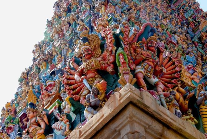 17 di san dep nhat An Do hinh anh 3 Đền Meenakshi, Madurai, Tamil Nadu: Mặc dù kiến trúc này có tuổi thọ 400 năm, nhưng đền Meenakshi có lịch sử đã hơn 2.000 năm. Ngày nay, đây là một trong những nơi hành hương quan trọng nhất của người dân trong vùng.