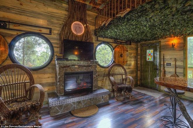 Ngoi nha danh cho fan cuong cua nguoi Hobbit hinh anh 10 Gia đình ông Gordon Mack mua ngôi nhà này vào năm 2012 và quyết định biến nó thành một ngôi nhà hobbit.
