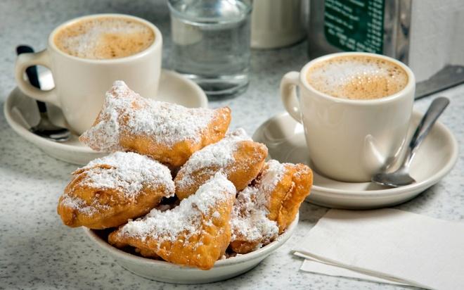 16 mon trang mieng ngon nhat the gioi hinh anh 4 Bánh Beignets (New Orleans): Beignets là một loại bánh rán kiểu Pháp, bên trên có thêm lớp bột đường trắng tinh. Ảnh: Travelandleisure.