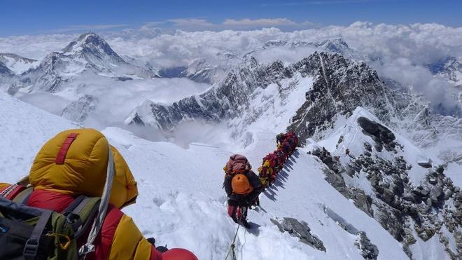 Chinh phuc dinh Everest kho khan nhu the nao? hinh anh 2