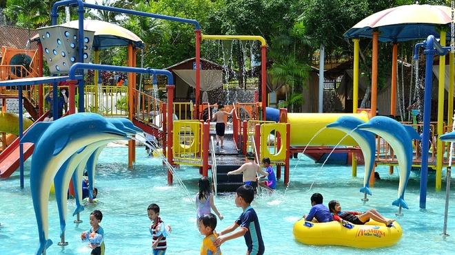 Nhung thien duong giai tri noi tieng o Malaysia hinh anh 8 Công viên A'Famosa, Alor Gajah, bao gồm công viên nước, công viên thám hiểm, công viên chủ đề Old West, cùng rất nhiều hoạt động thể thao, sáng tạo. Ngoài ra, nơi đây còn có chuỗi khách sạn, resort, trung tâm tổ chức sự kiện...