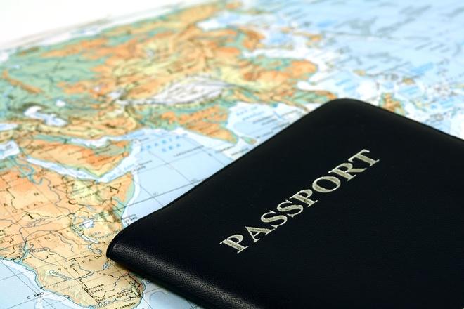 7 diem luu y truoc khi di du lich nuoc ngoai hinh anh 1 Chuẩn bị visa, hộ chiếu trước chuyến đi. Ảnh:
