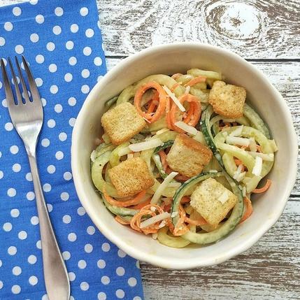 10 cong thuc salad dua chuot don gian, giau dinh duong hinh anh 2