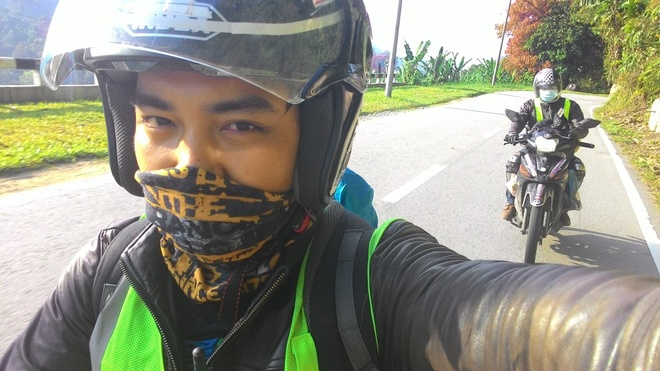 Phuot thu Viet len ke hoach du ngoan Malaysia bang xe may hinh anh