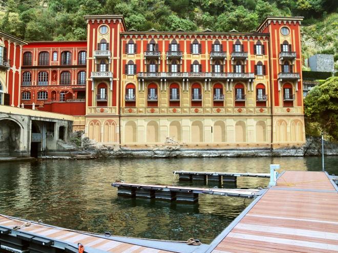 'Lang villa' ben ho cua gioi thuong luu o Italy hinh anh 3