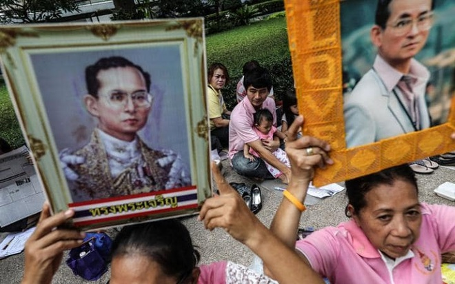 Du khach nen lam gi khi den Thai Lan dung dip quoc tang hinh anh 1