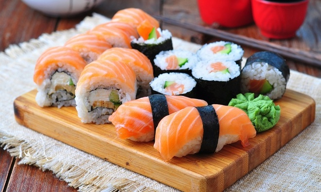 An sushi the nao la tot nhat cho suc khoe? hinh anh