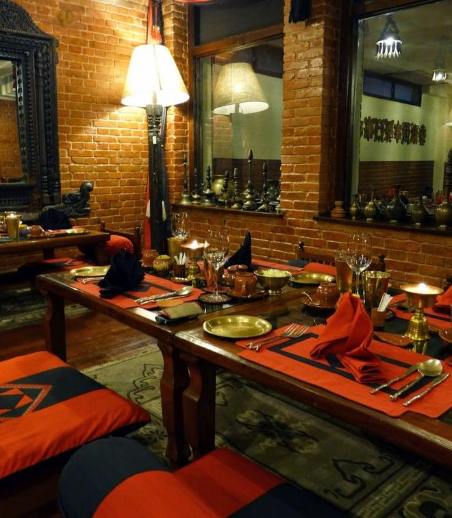 Ben trong khach san dep nhat dat Phat Nepal hinh anh 9