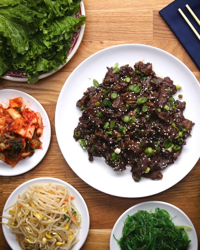 Bo nuong BBQ kieu Han hap dan cho bua com cuoi tuan hinh anh 1