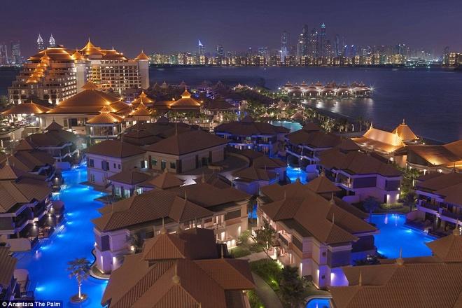 Resort long lay o Dubai ket hop kien truc chau A hinh anh