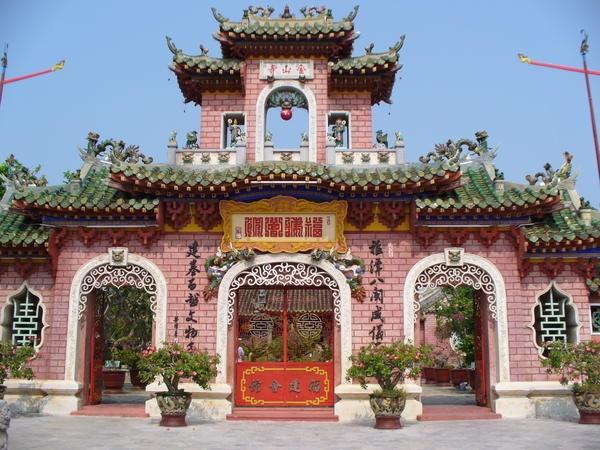 Ban biet gi ve Pho Hoi - noi khach Tay 'di hoai khong chan' hinh anh 6