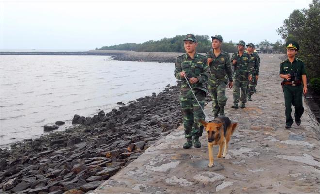 Dao Thanh An yen binh trong bo anh Dau an Viet Nam anh 8