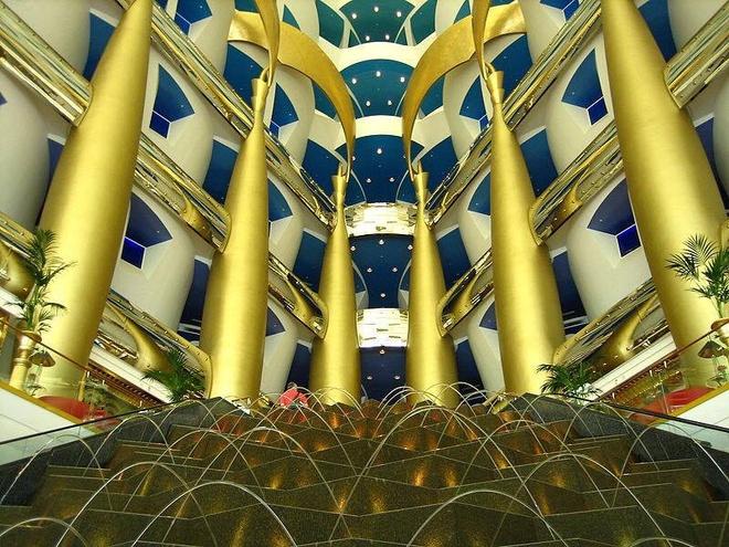 Hanh trinh kham pha Dubai trang le cua 9X Viet hinh anh