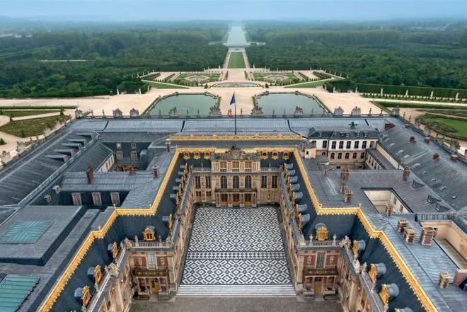 Versailles: Bieu tuong quyen luc cua cac trieu dai phong kien Phap hinh anh