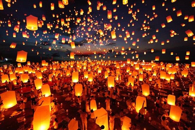 Di ngam Chiang Mai ruc sang trong le hoi Loy Krathong hinh anh