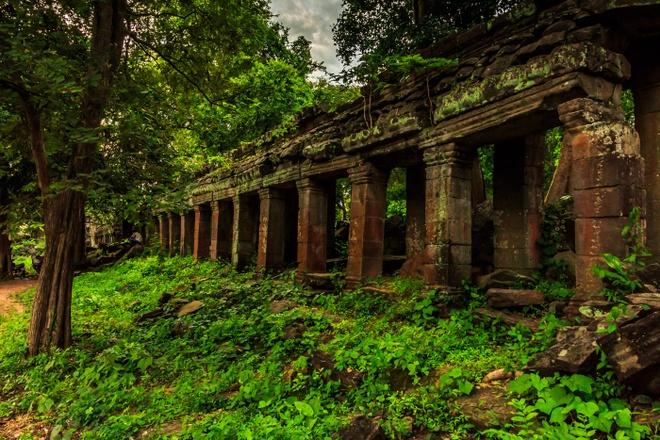 Ngoi den bi an lau doi hon ca Angkor Wat o Campuchia hinh anh 7