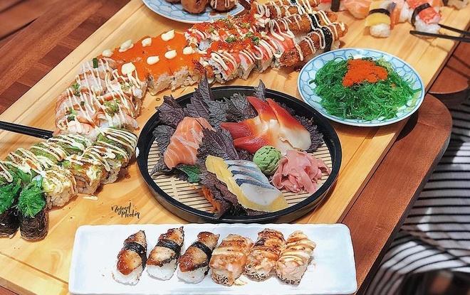 7 quan sushi cac food blogger review ban nen an thu hinh anh