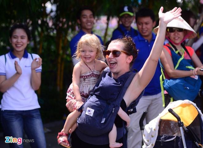 VNG Ironman 70.3: Nhieu VDV Viet Nam ve dich hinh anh 43