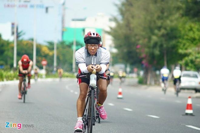 VNG Ironman 70.3: Nhieu VDV Viet Nam ve dich hinh anh 29