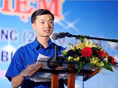 Ong Nguyen Minh Triet duoc bau vao Tinh uy Binh Dinh hinh anh